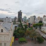 Novo decreto em São Leopoldo proíbe boliche, sinuca, atividade física com contato e máximo de 30 pessoas em missas e cultos