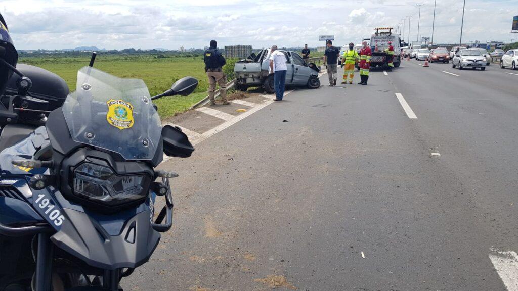 Condutor de Camaro, sem habilitação, é preso pela PRF após causar acidente com morte na Freeway