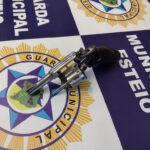 Guarda Municipal de Esteio apreende dupla de jovens que tentava roubar veículos no Centro
