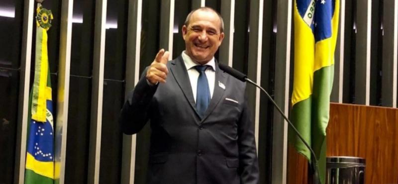 Flagrado com R$ 505 mil em aeroporto é prefeito de cidade gaúcha com 12 mil habitantes