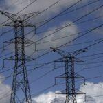 MAIS CARA: Conta de luz deve subir 16,7% em 2022, estima Aneel